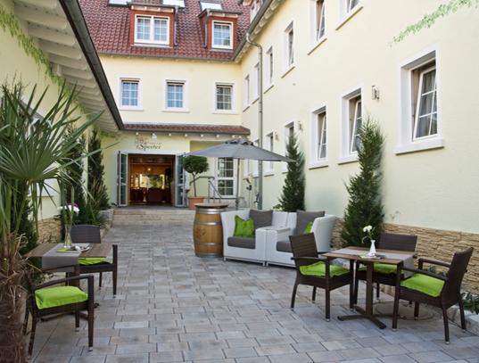 Hotel Speeter in Weisenheim am Berg